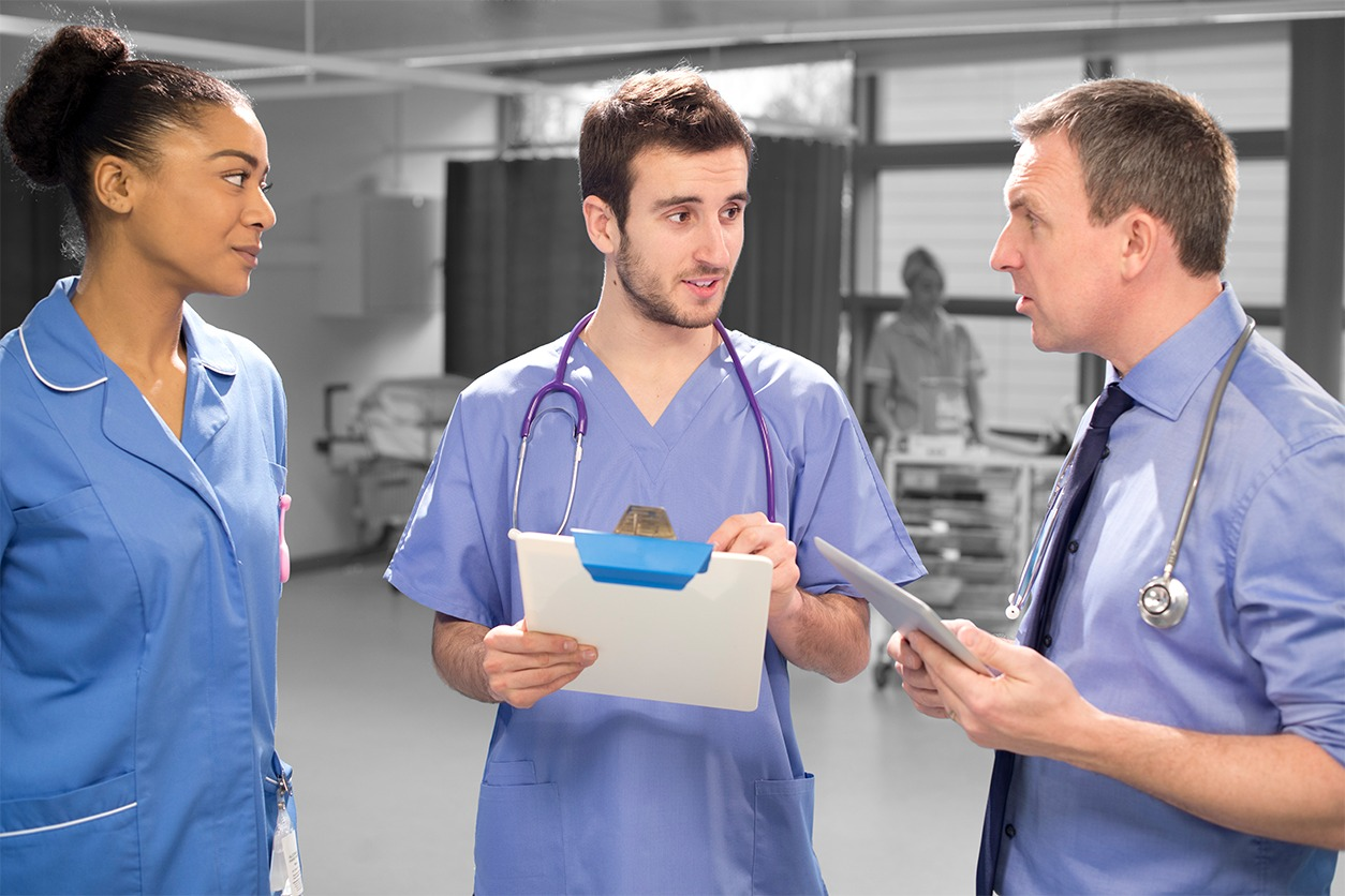 Top 3 tips to manage the nurse roster over the holiday period